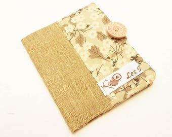 Carry(wear) cards(maps) beige linen and liberty MITSIE