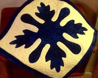 Square table topper 14.5 square blue snowflake pattern