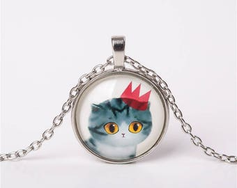 X 1 grey cat necklace and Crown 25mm