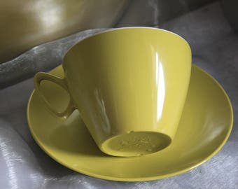 Gaydon Melamine Lime Green Cup & Saucer. Great for Glamping and Camper Vans