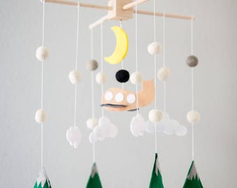 Airplane Crib Mobile Nursery, Plane mobile, Baby Mobile Felt Mountain Nursery Decor, Mobile