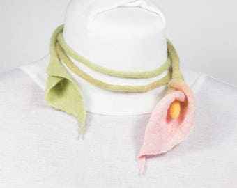 Felted Necklace-Felted pink Calla lily-textile-collar-necklace Choker-red poppy