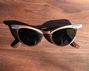 1950s American Optical Winged Cat Eye Sunglasses - 5 1/4