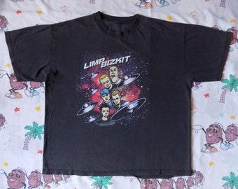 Vintage 90's Limp Bizkit T shirt, size XL 1998 nu metal Fred Durst Giant