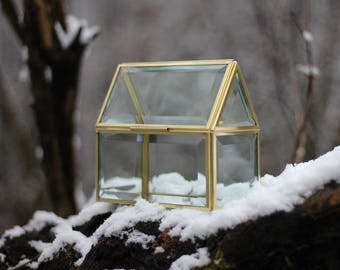 Casket house, golden box, home decor, box, brass geometric box, casket, jewelry box, jewelry display, house for planting,