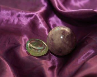 Purple fluorite sphere and fluorite sphere holder