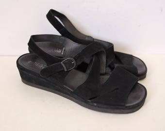 Black suede sandals Leather Low wedge heels Summer strappy sandals Made in Portugal Vintage 90s US 10.5 UK 8.5 EU 41