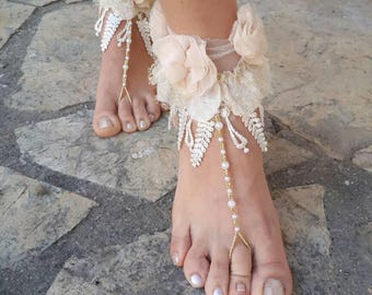 Ivory tulle gold barefoot sandals.flower barefoot sandals lace beach wedding barefoot sandals.beaded barefoot sandals.bride gift.lace anklet