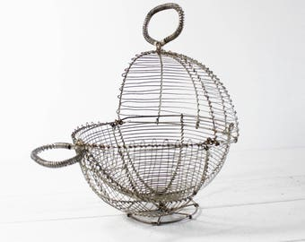 Wire Egg Basket Vintage Egg Basket Wire, Antique Egg Basket Metal French Egg Basket Round Egg Wire Baskets with Feet Rustic Wire Basket Eggs