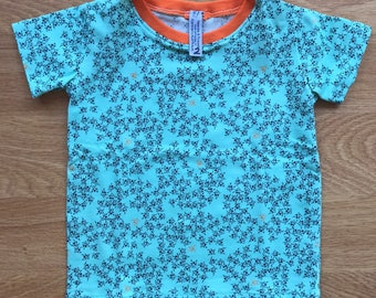 Boys bug t-shirt, available in size 2