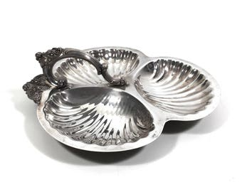 """Large 12"""" Vintage Wallace Baroque 3 Section Silverplate Round Tray with Scalloped Design, 220 Divided Serving Platter"""