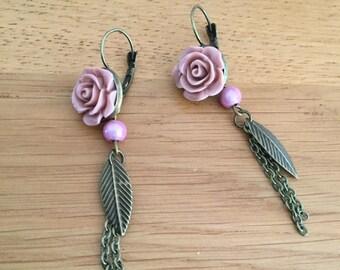 Earrings: spring roses.