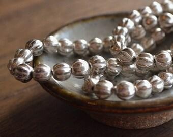 24 Antique Silver Czech Glass Melon Beads 6mm (506-24)