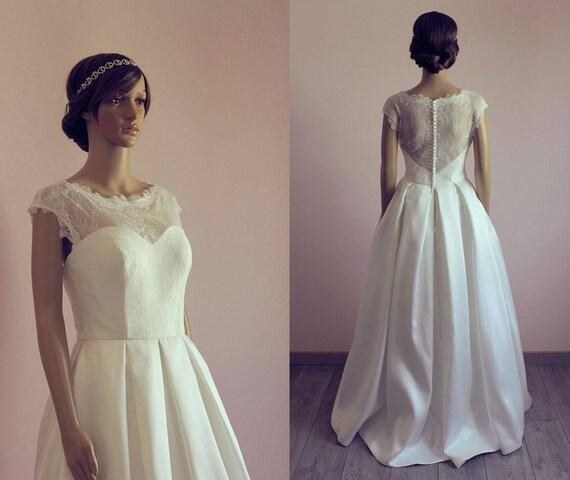 des ann es 50 style robe de mari e avec dentelle satin cap. Black Bedroom Furniture Sets. Home Design Ideas