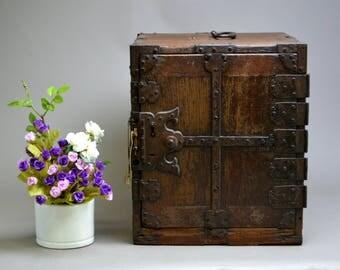 Year 1681 Antique Japanese Funatansu Tansu Furniture