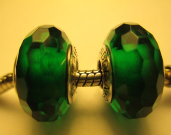 2 Pieces Authentic 925 Sterling Silver Fascinating Green Pandora Glass Beads Charms 791619