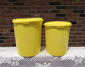 Tupperware Lemon Yellow Starburst Canisters ~ Set of 2 ~ Nesting Canisters ~ Servalier Lids  ~ Retro Kitchen ~ 1970s  ~ Country Kitchen