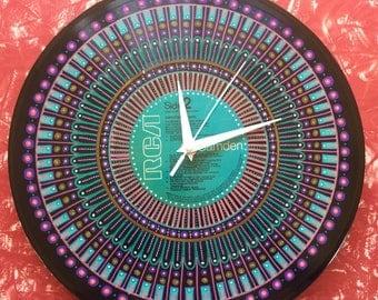 Vinyl record clock