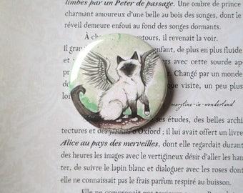 badge brooch winged cat