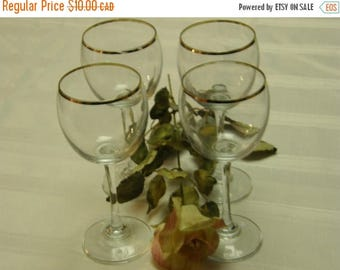 SUMMER IS HERE Set of Four Retro Wine Glasses