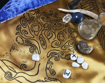 Yggdrasil Altar Cloth: Huginn Munnin, Double Sided Hand Printed, World Tree, Norse Altar Cloth, Odin Valknut Rune Casting Cloth, Pagan Altar
