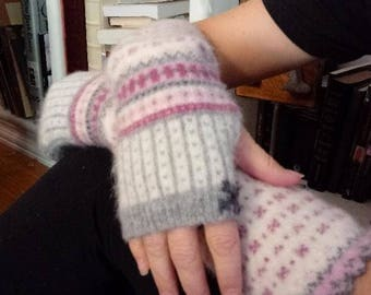Hand Warmers, finger less gloves, wool gloves, arm warmers, wool warmers, up-cycled sweaters, re-fashion, needle felt,