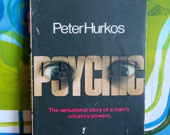 """A striking 1962  Tandem paperback edition of Peter Hurkos'  classic """"PSYCHIC"""""""