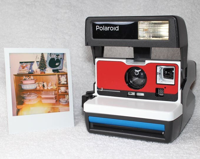 Polaroid 600 OneStep - Upcycled White, Blue and Red With Built-In Close Up And Flash