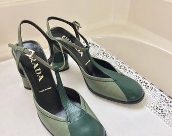 Vintage Prada Green pumps size 35