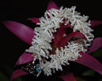 White and silver seed beads bracelet