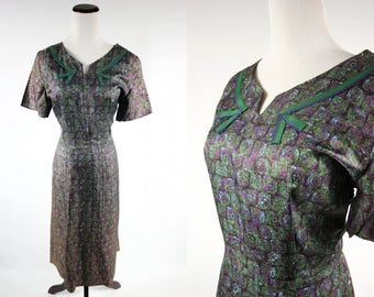1960's Green & Purple Floral Printed Dress
