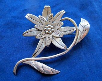 Hector Aguilar for Coro Mexico ~ HUGE Sterling Flower Brooch ~ 20.9 Grams