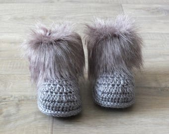 Gray Baby booties - Baby winter boots - Faux Fur Baby Booties - Newborn booties - Crochet Baby Booties - Baby Boy Booties - Infant shoes