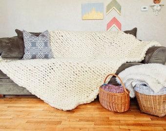 Chunky Knit Throw Blanket - Chunky Merino Wool Blanket - Giant Knit Blanket - Big Knit Blanket - Bulky Yarn Blanket - Super Chunky Blanket