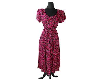 Vintage 1980s Floral Karin Stevens Red / Pink / Black / Green Rose Print Button Front Maxi Dress with Tie Belt