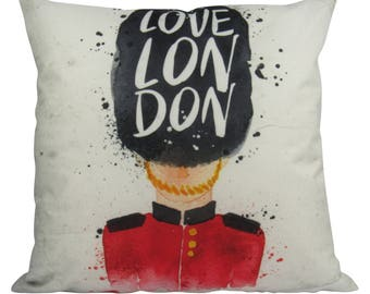 Love London English British Changing of the Guard - Pillow Cover
