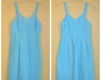 CLEARANCE SALE Vintage Blue 1950s Whole Slip Short Slip S M
