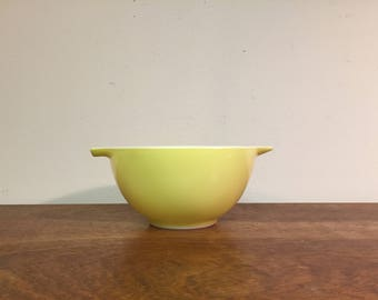 Pyrex Verde Light Green Cinderella Bowls #441, 1.5 pt