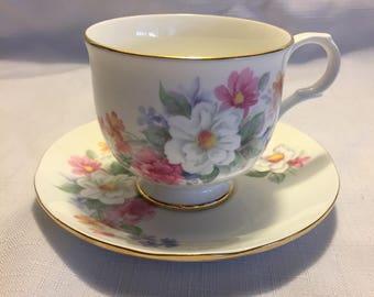 """Vintage Sadler """"Wellington"""" Teacup and Saucer"""