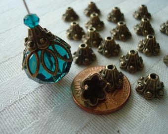 30 Antique Bronze Bell Flower Caps  10x6mm.  Lovely Cone Flower Design.  Cast Metal Bell Flower Caps  ~USPS Ship Rates /Oregon