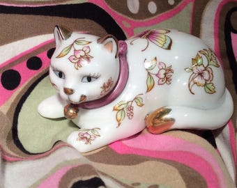 Satsuma Style Franklin Mint 1986 Curio Cat Collectible