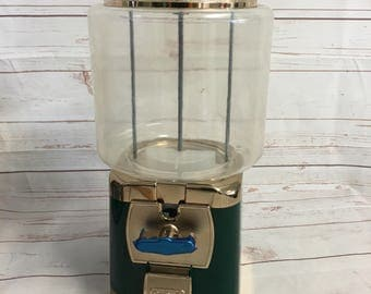 Silent Sales Force SSF Vending Machine Gumball Retro Green New