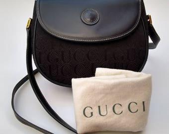 Sale! GUCCI Vintage Black Leather Shoulder / Crossbody  Bag. Authentic Italian Designer Purse. Tom Ford Era