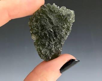 Moldavite : crystalline tektite/meterorite