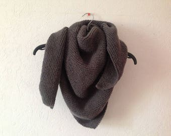 Nice trendy woman wool shawl