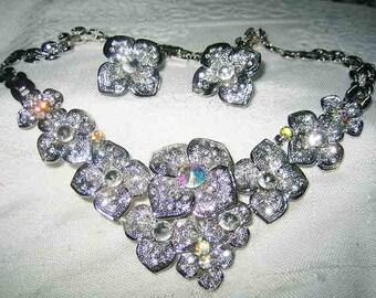 Stunning Vintage Ornate Rhinestone Flower Necklace Earrings