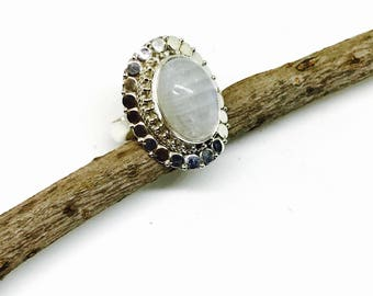 Rainbow Moonstone ring set in sterling silver 925. Size -8. Genuin  natural blue flash moonstone.