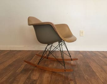 Rar Eames for Herman Miller Rocking Chair, 1950's or Early 1960's