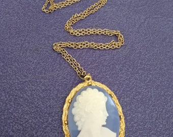 Vintage plastic blue cameo necklace 1960s