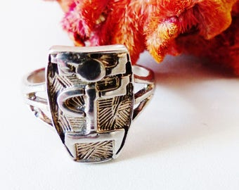 Small ethnic ring in 925 Silver ring